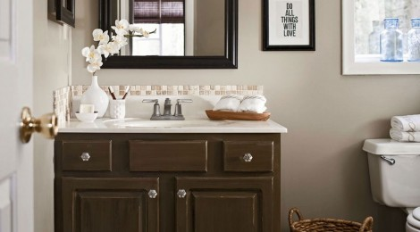 Renovating Your Old Bathroom? Follow These 3 Simple Tips